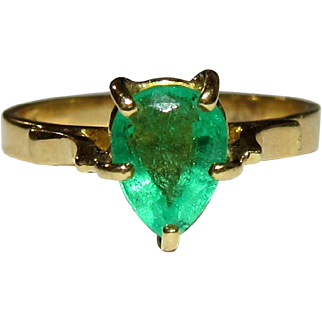 Vintage 18K Pear-Shaped Natural Emerald Solitaire Ring 6