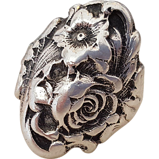 Beautiful Old Sterling Silver Repoussé Floral Rose Ring 5