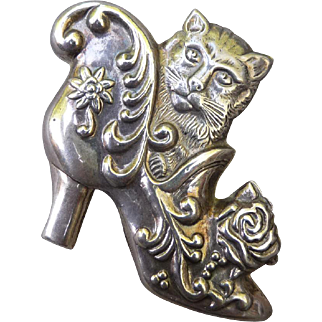 Vintage Sterling Silver Cat Pin