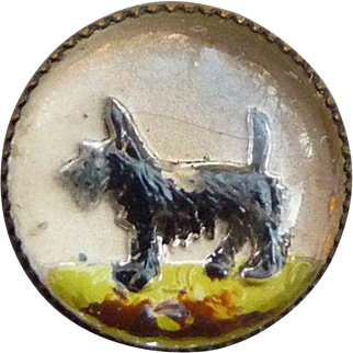 Small Intaglio Glass Scottie Dog Button