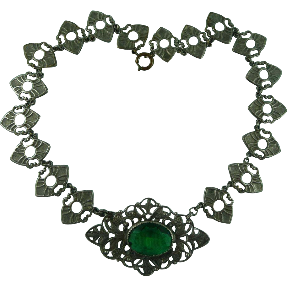 Czech Filigree Green Glass Necklace