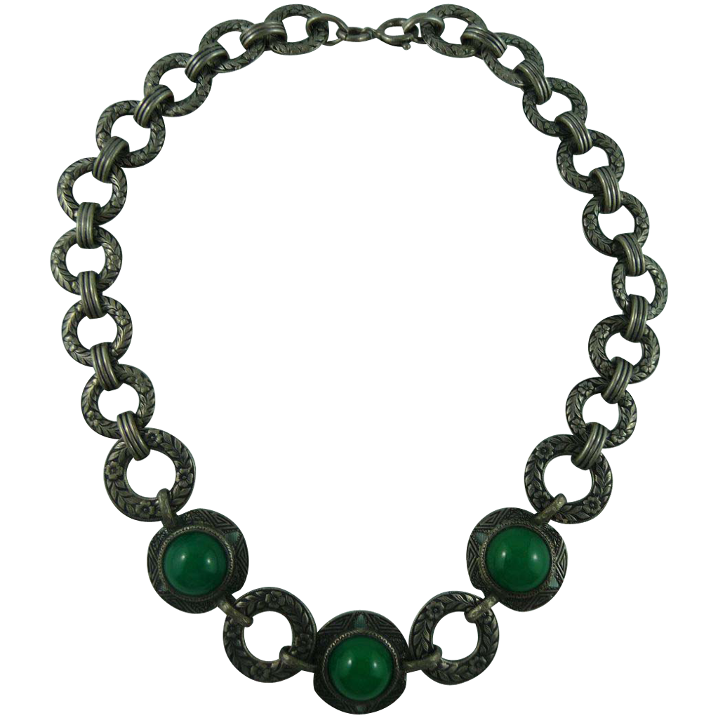 Lovely Deco Green Necklace
