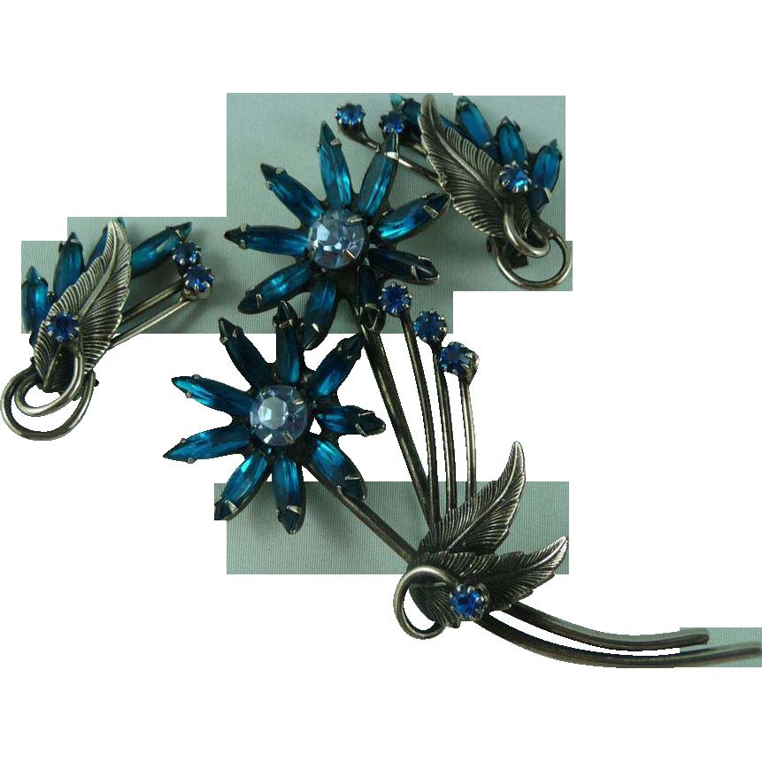 Beautiful Vintage Flower Pin and Earrings.
