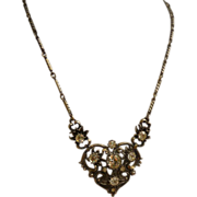 Beautiful 1960's Coro Necklace