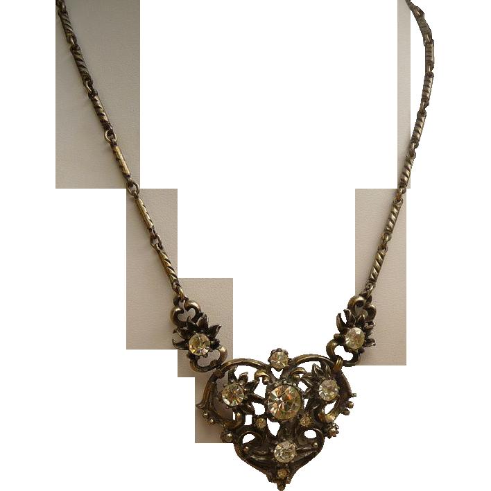 Beautiful 1960's Coro Necklace
