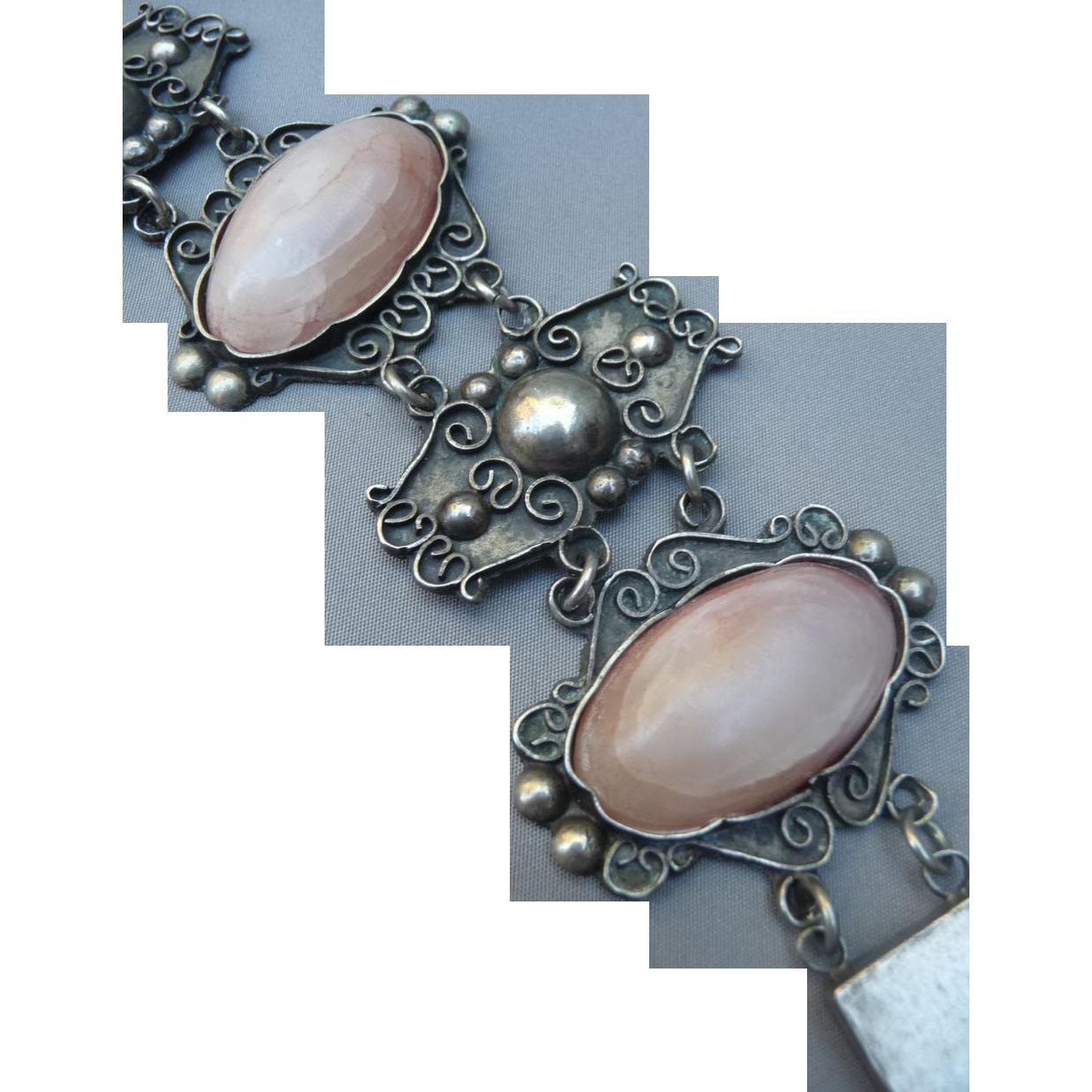 Vintage Old Silver Mexican Agate Bracelet.