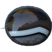 Beautiful Banded Agate Victorian Pin