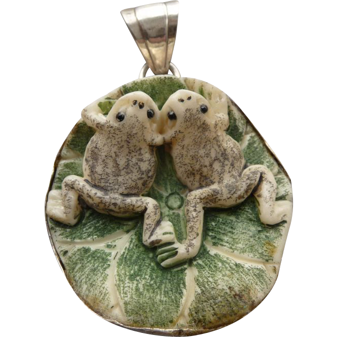 Vintage Sterling and Ceramic Frog Pendant/Necklace