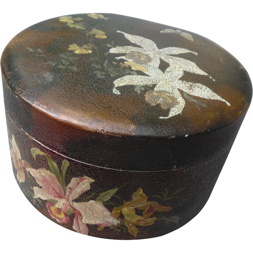 Beautiful Victorian Lacquered Box