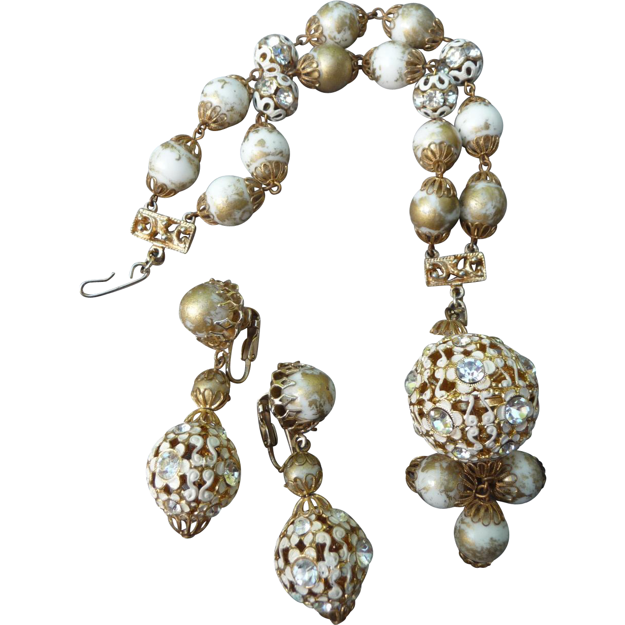 Fantastic Vintage Hobe Bracelet and Earrings