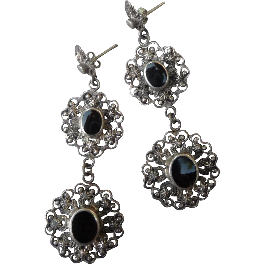 Gorgeous Sterling Silver and Onyx Drop Pierced Earrings