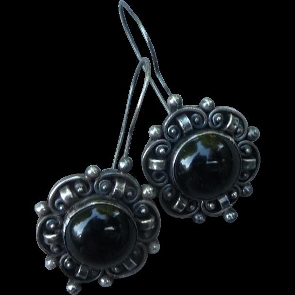 Beautiful Vintage Sterling and Onyx Earrings