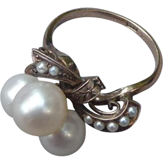 Lovely 14 K. Gold and Pearl Ring