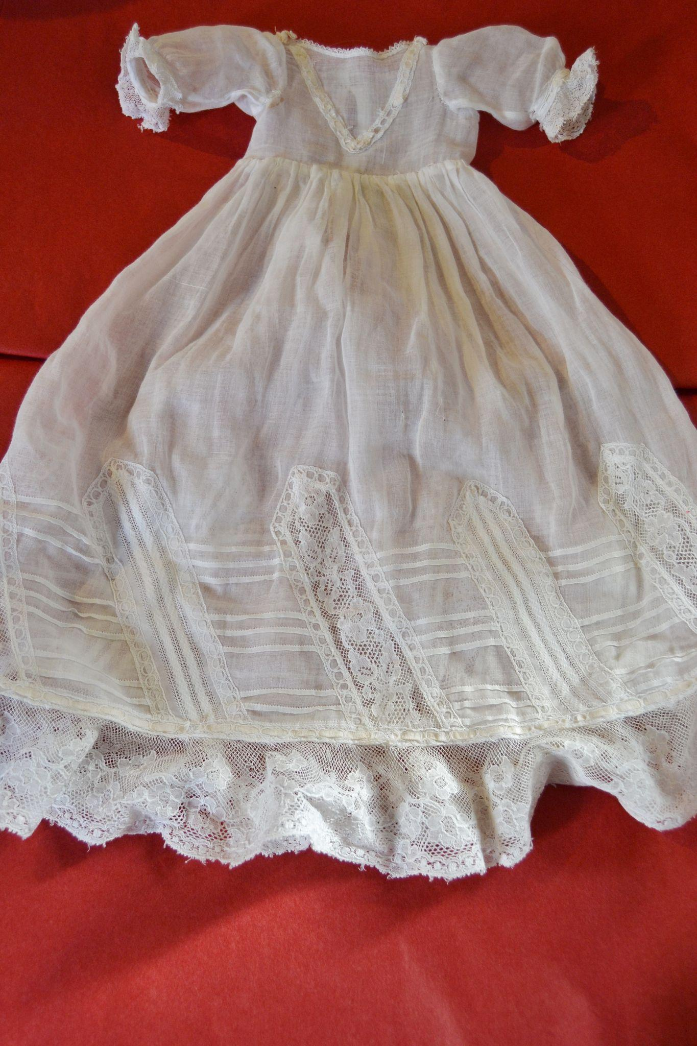"""Jumeau 1900 christening gown for a 17""""/18"""" doll"""
