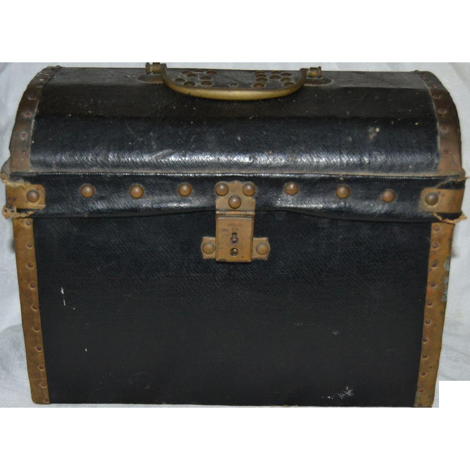 Antique original rare size fashion doll trunk
