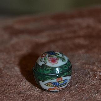 1900 attractive tiny china French box