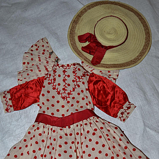 Antique dress and hat 1880/1890