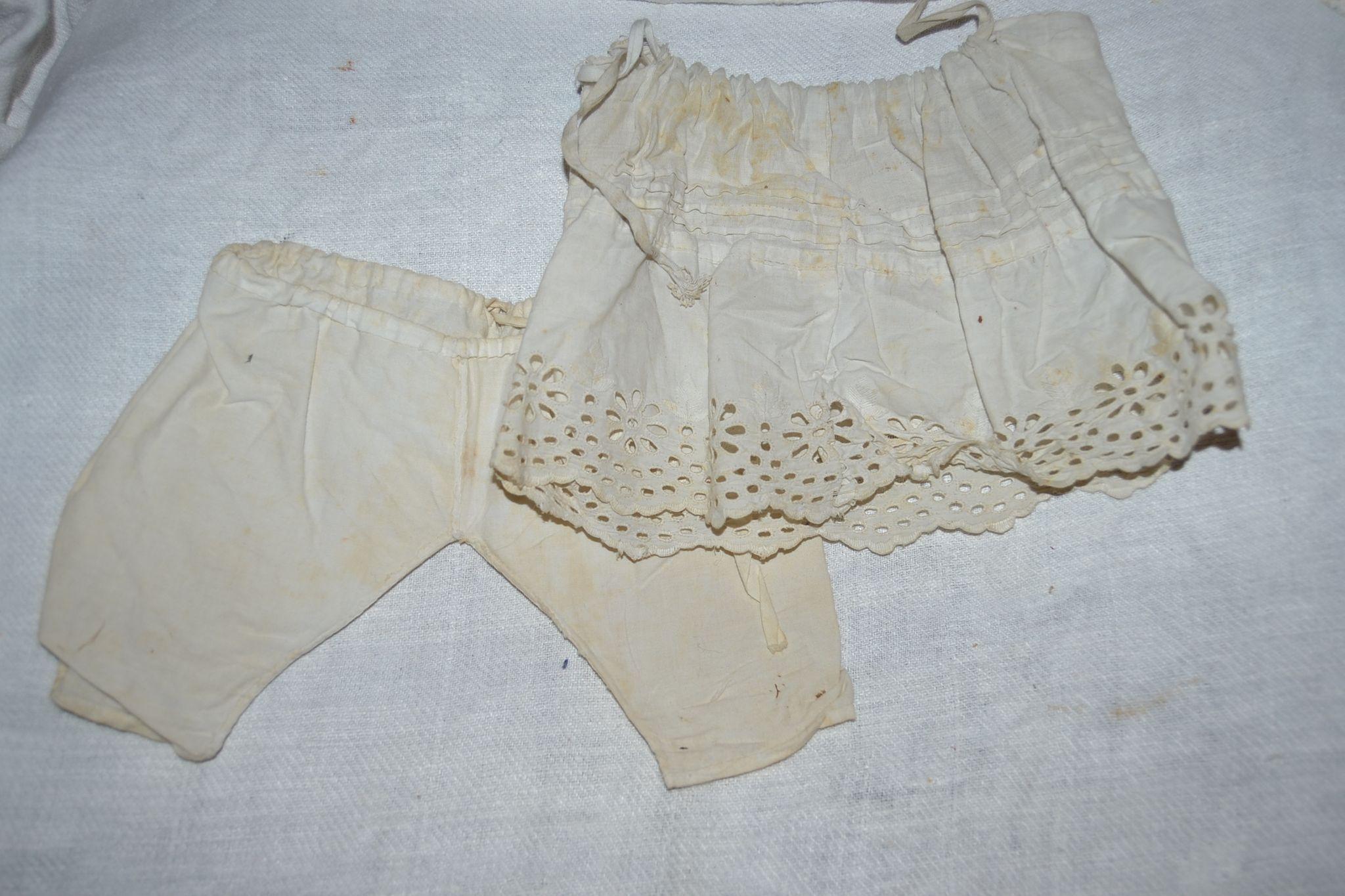 Undergarment for French bebe