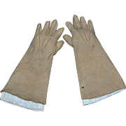 Lovely antique gloves for French Bebe