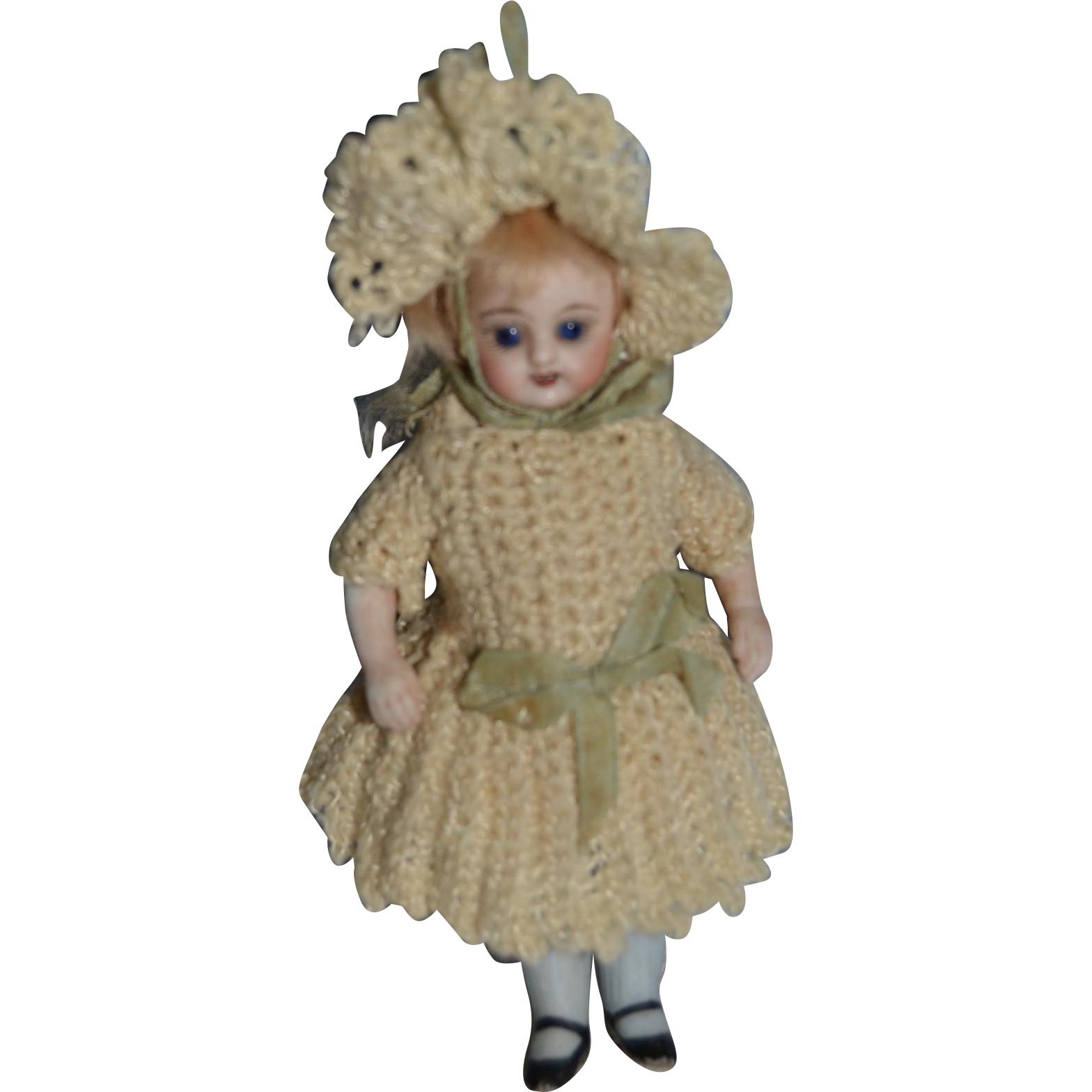 "5"" tall Lovely square teeth all bisque simon and halbig doll"