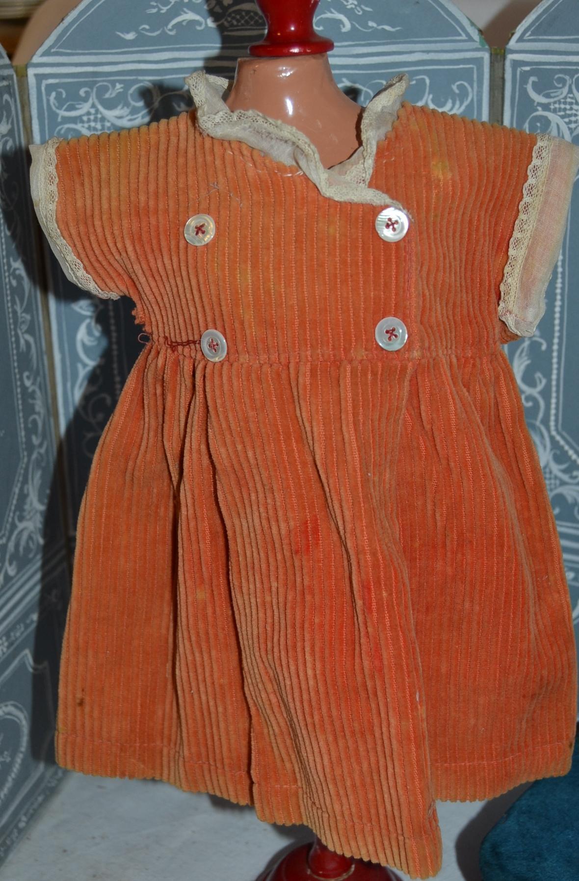 Nice 1920/1925 SFBJ original  dress size 8