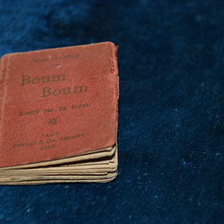 Little book from paris 1898 for your doll's house