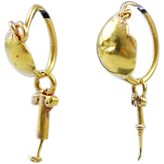 Fine pair of Roman Gold earrings, 3rd.-2nd. century AD