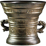 17th. century Dutch bronze mortar, inscribed and dated 1627