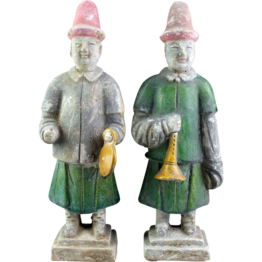 Pair of high quality Chinese Ming pottery figures - Musicians!