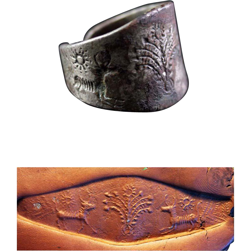 Important massive Archaemenid Empire Silver seal ring!