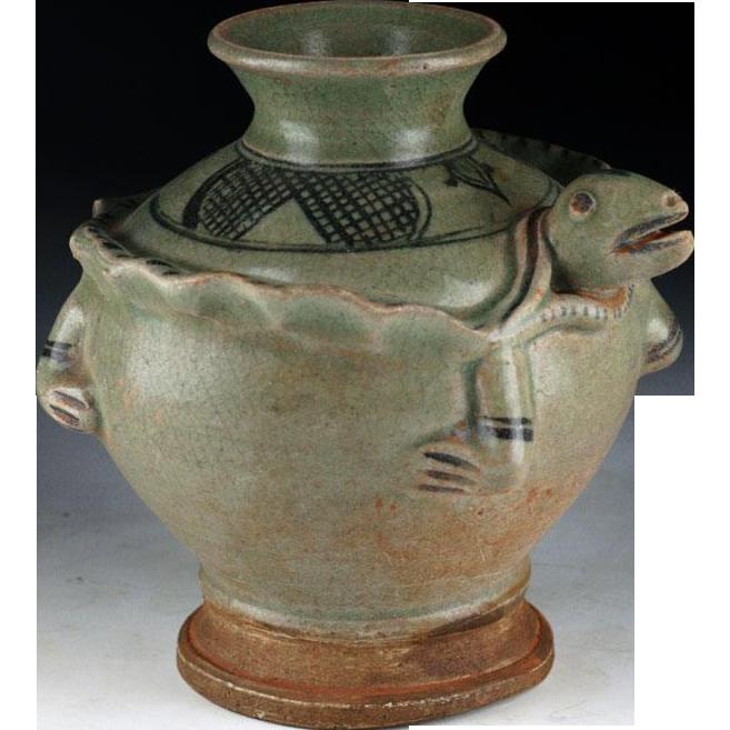 Important Sukothai Sawankhalok celadon pottery jar, 14th.-16th. ce