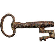 Rare Early European iron door or small chest key, c. 15th. cent.