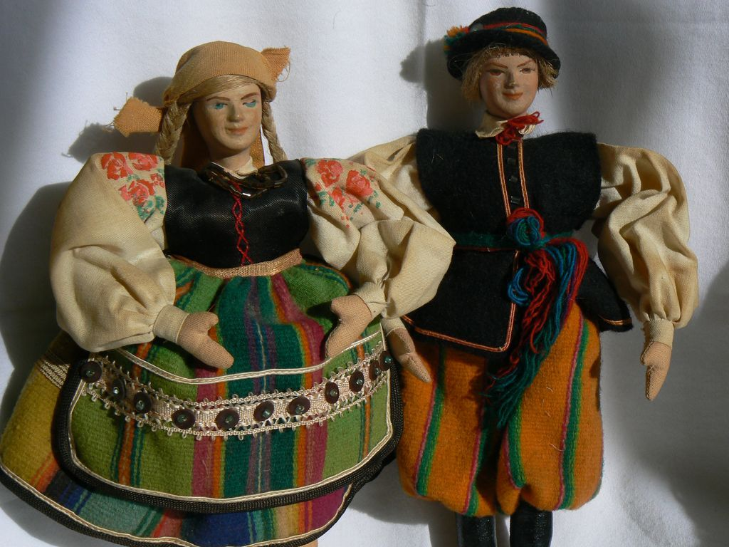 OLD Vintage German Dolls Dancing couple.