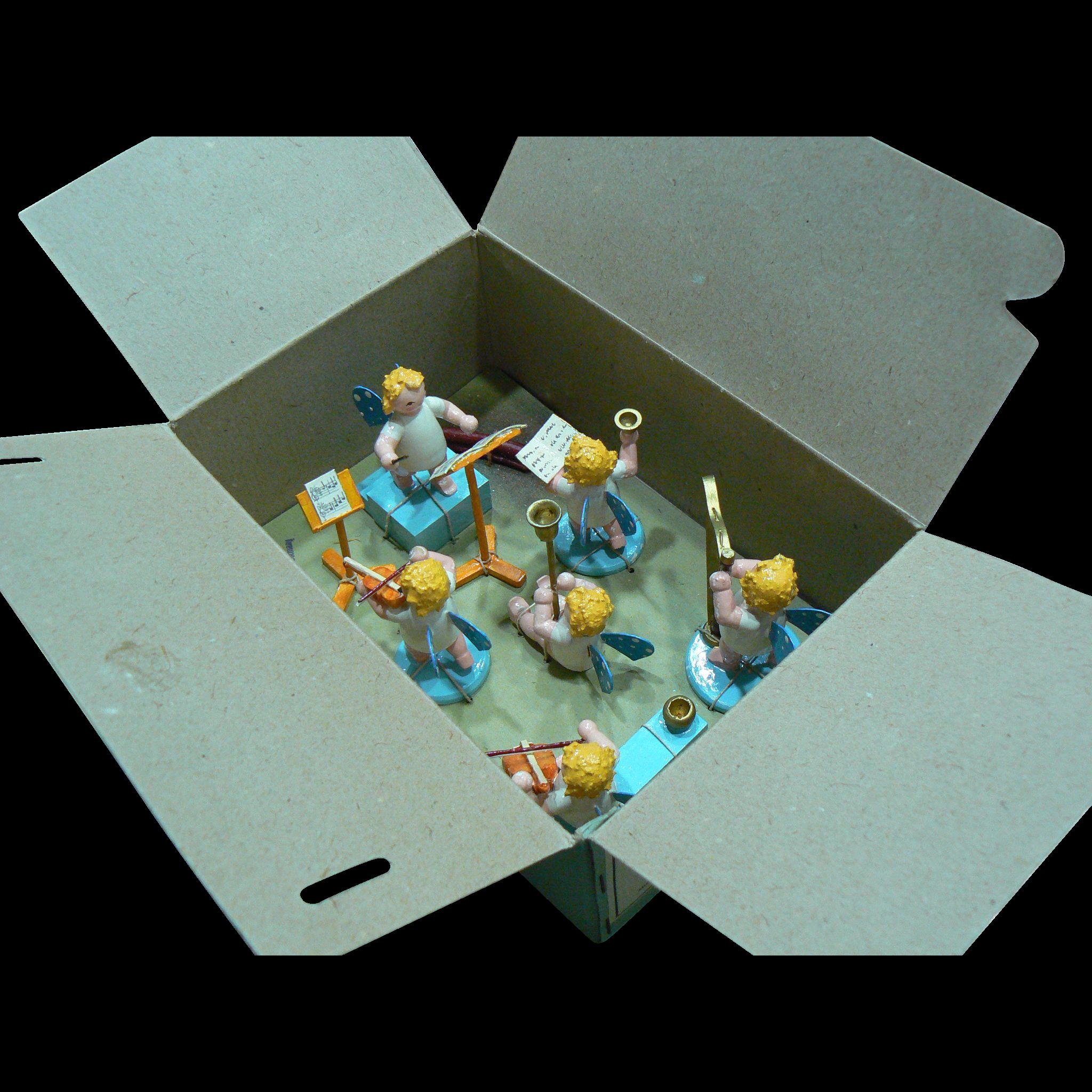 Erzgebirge Folk Art Angel Band Mint In Box and VERY SWEET Look !!!