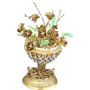 Vintage and very NICE Gold Metal Urn with tiny metal flowers and glass leafs, great for a doll house or doll dresser.
