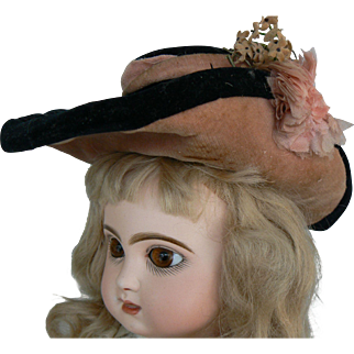 Old antique doll hat for a French or German doll.