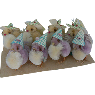 Vintage Chenille Easter Chicks Purple and yellow with Hats 8 total on original card.