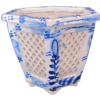 Antique Chinese Footed Jardiniere Pot 19th Century Blue White Hexagon Lattice