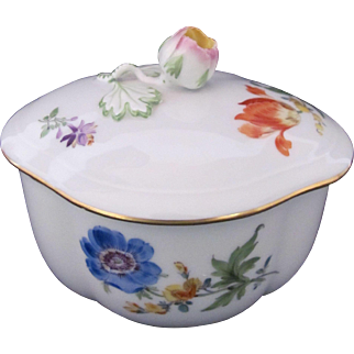 Meissen Dresden Covered Dish Bowl Quatrefoil First Quality