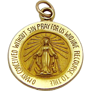 Vintage 14K Yellow Gold Virgin Mary Pray for Us Religious Medal Charm