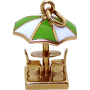 Vintage 14K Gold 3D Walter Lampl Beach Umbrella Table & Chairs Charm