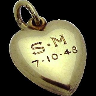 Vintage 14K Gold 3D Love Heart Charm 1940s
