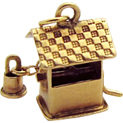 Vintage 14K Gold 3D Mechanical Wishing Well Charm