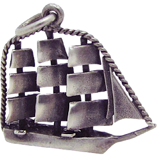 Vintage Sterling Silver Large British/American Revolutionary Ship Charm Pendant