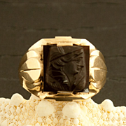 Men's Art Deco 10 Karat Gold Sardonyx Cameo Ring