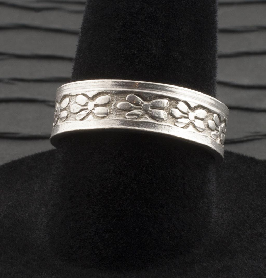 Vintage Sterling Silver Engraved Band