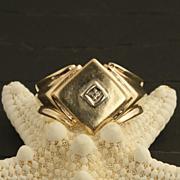 Vintage Men's 14 Karat Gold And Diamond Ring