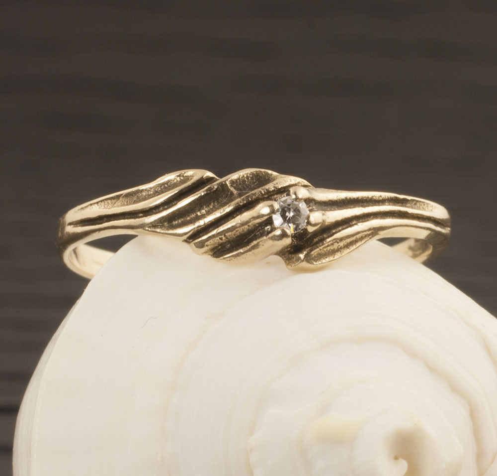 Vintage 10 Karat Gold Diamond Ring