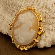Vintage Art Deco 10 Karat Gold Shell Cameo Pin/Pendant