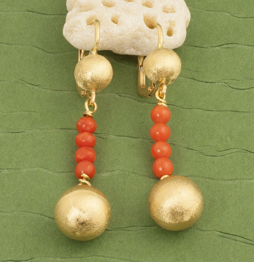 Vintage 18 Karat Gold Coral Earrings